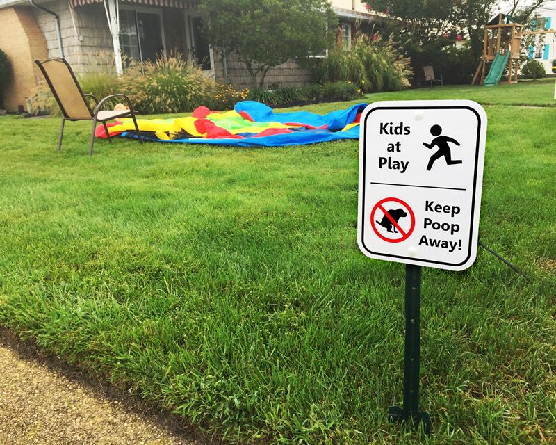 Funny no dog poop sign