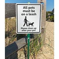 Clean up after pet, pets on leash sign for lawn