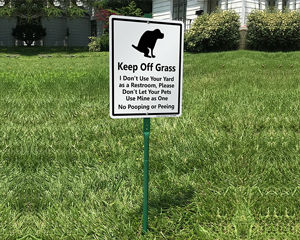 PXIYOU Keep Off Grass Funny Dog Poop Tin Sign Pee No Yard Post for Dogs Poo Ping Signs Curb Your Allowed Pick Up After Lawn Peeing Decor 8X12Inch